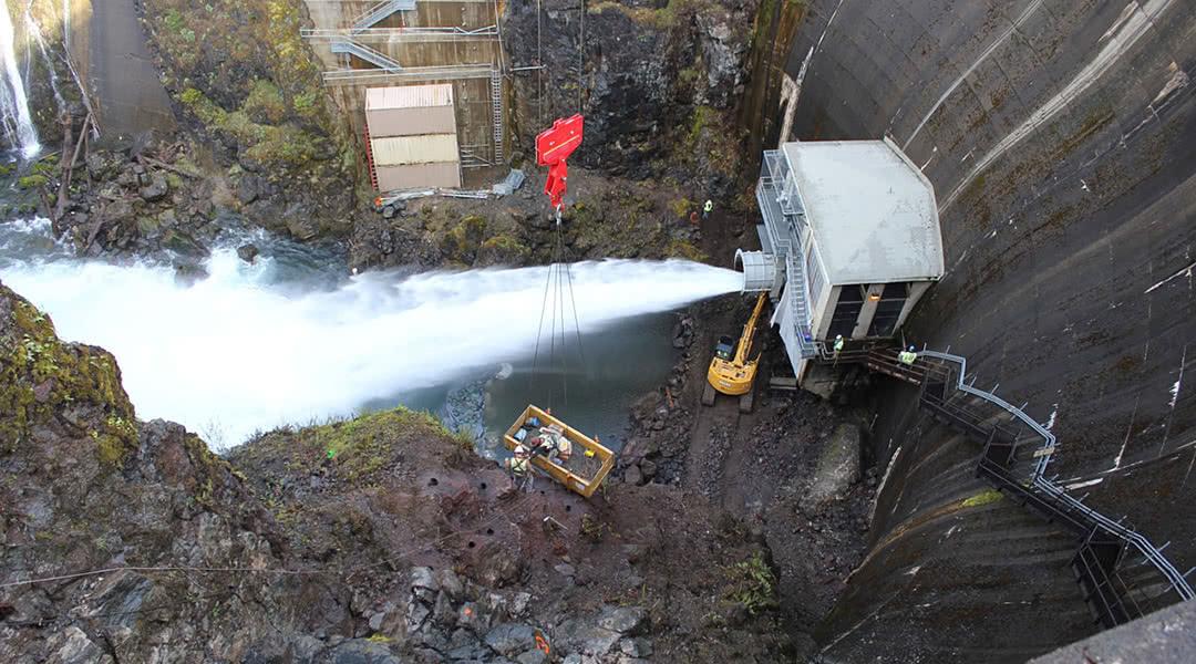 McCallum Rock Team Preparing for Blasting at Lake Cushman Dam